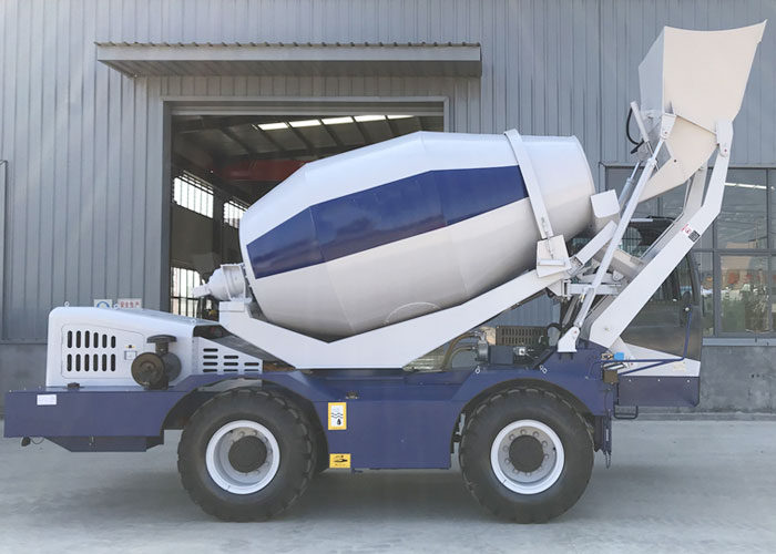 Self-Loading-Concrete-Mixer12