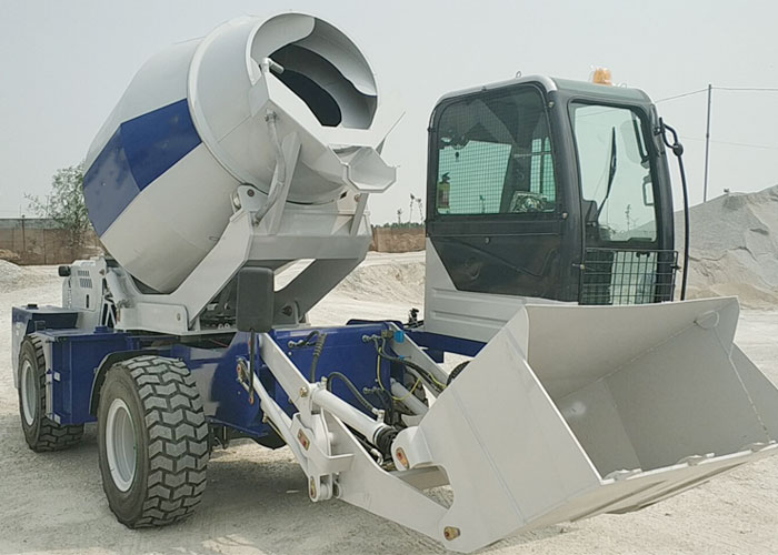 Self-Loading-Concrete-Mixer13